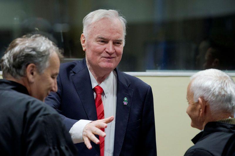 Ratko Mladic reconnu coupable du génocide de Srebrenica — Guerre en Bosnie