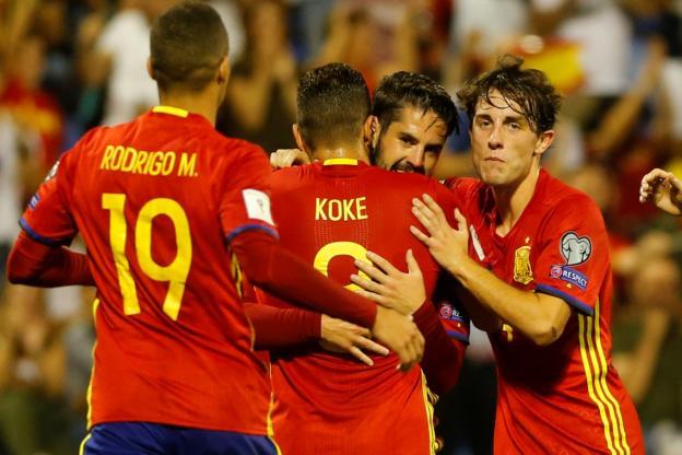 Sergio Ramos répond à un tweet indépendantiste de Gerard Piqué — Espagne