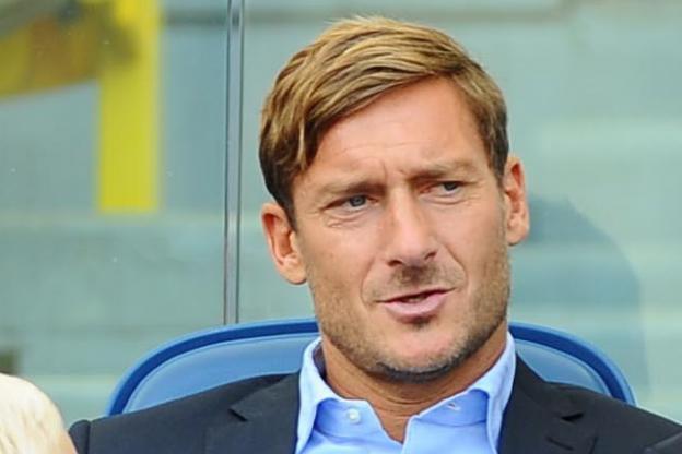 Totti stoppe sa formation d'entraîneur — Divers