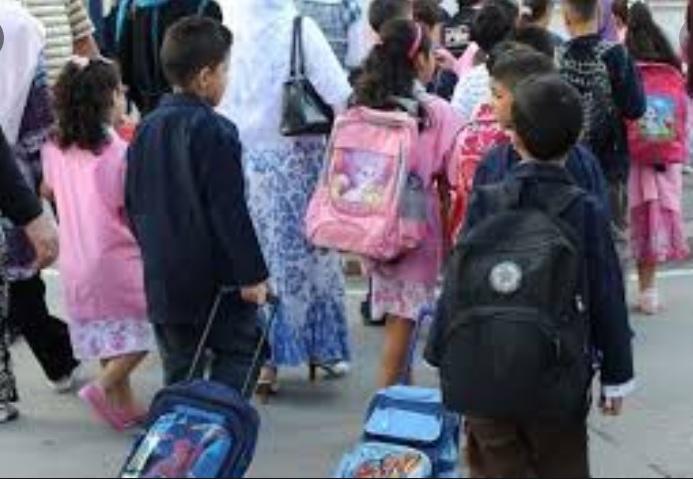 Tunisie : 2,5 millions d'élèves retrouvent les bancs de l'école, après deux années chaotiques