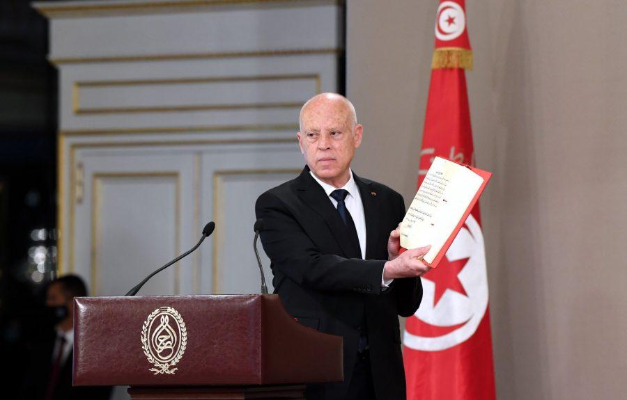 Tunisie : Saïed suspend les salaires des députés, et annonce des dispositions liées aux pouvoirs exécutif et législatif